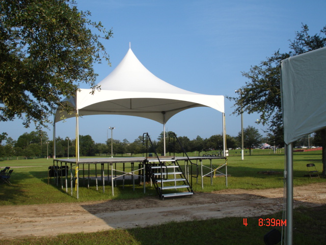 Tent – 20'x20′ with stage | The Party Center